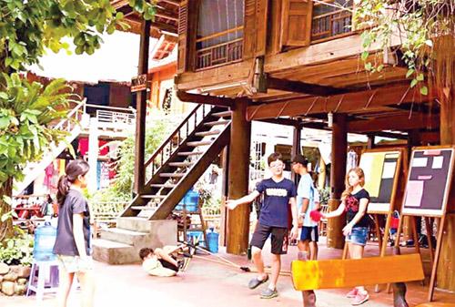 Phát triển huyện Mai Châu xứng tầm là điểm du lịch quốc gia
