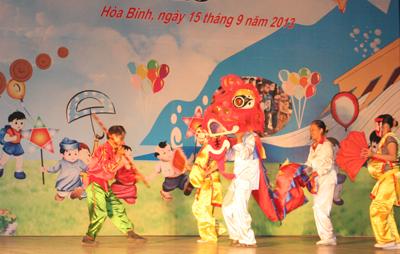 http://www.baohoabinh.com.vn/Includes/NewsDetail/9_2013/dt_1692013816_IMG_0967.JPG