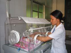 Mô hình Đơn nguyên sơ sinh phát huy hiệu quả tại Bệnh viện đa khoa Tân Lạc