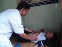 Đội ngũ cán bộ y tế cơ sở ở xã Ân Nghĩa đã cơ bản đáp ứng yêu cầu công tác khám chữa bệnh cho nhân dân địa phương