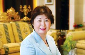Zhang Yin - người phụ nữ tự lập giàu nhất thế giới.