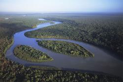 Hủy bỏ dự án bauxite tỉ đô để bảo vệ dòng sông Wenlock