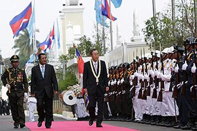 Tổng Thư ký LHQ Ban Ki-moon thăm Campuchia.