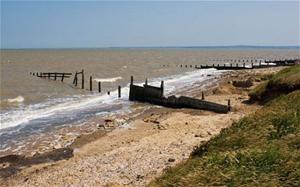 Bãi biển Leysdown, nơi các quả bom chưa nổ được phát hiện.