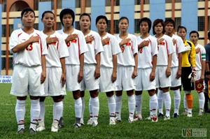 Các cô gái vàng của bóng đá nữ Việt Nam luôn thi đấu hết mình vì màu cờ sắc áo. Ảnh: Ngọc Quân