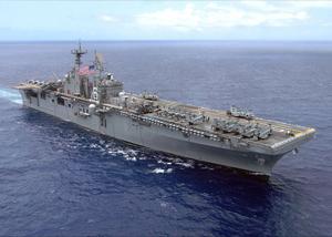 Tàu sân bay trực thăng USS Bonhomme Richard - Ảnh: US Navy