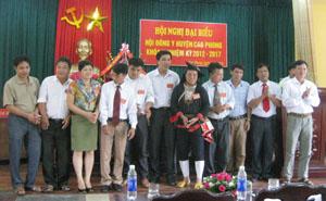 BCH Hội Đông y huyện Cao Phong khóa II ra mắt.