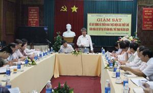 Đồng chí Hoàng Thanh Mịch, UVBTV Tỉnh ủy, Trưởng Ban Tuyên giáo Tỉnh ủy, Trưởng Ban VH-XH&DL - HĐND tỉnh phát biểu kết luận hội nghị.