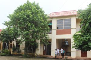 Trạm y tế xã Hoà Sơn (Lương Sơn) phấn đấu đạt bộ tiêu chí quốc gia về y tế vào cuối năm 2014.