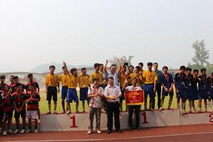 Trường THPT Ngô quyền giành cúp vô địch bóng đá nam THPT HKPĐ tỉnh lần thứ VII– năm 2014.