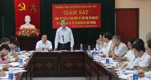 Đồng chí Hoàng Văn Tứ, Phó Chủ tịch HĐND tỉnh phát biểu kết luận buổi giám sát.