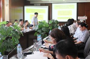 Đồng chí Nguyễn Văn Dũng, Phó Chủ tịch UBND tỉnh phát biểu kết luận phiên họp