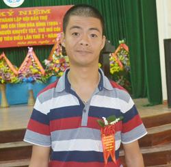 Nguyễn Ngọc Tuấn được biểu dương là người khuyết tật tiêu biểu.