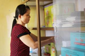 Trung tâm DS /KHHGĐ huyện Kỳ Sơn luôn chủ động, cung cấp kịp thời các biện pháp tránh thai hiện đại đến với người dân.