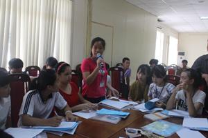 Trẻ em huyện Lạc Thủy tham gia diễn đàn trẻ em tỉnh năm 2015.