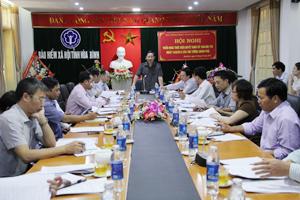 Đồng chí Bùi Văn Cửu, Phó Chủ tịch TT UBND tỉnh phát biểu chỉ đạo hội nghị.