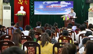 Đồng chí Nguyến Văn Chương, Phó Chủ tịch UBND tỉnh phát biểu chỉ đạo tại hội nghị.