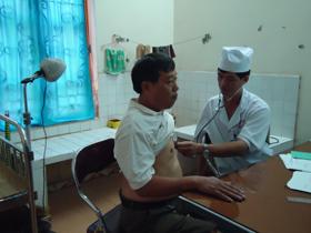 Bệnh viện nội tiết tỉnh khám sàng lọc bệnh nhân đái tháo đường.