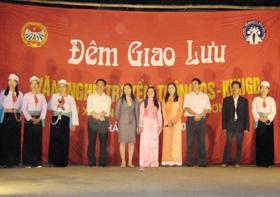 Đêm giao lưu văn nghệ truyền thông DS-KHHGĐ tại xã Phong Phú - Tân Lạc