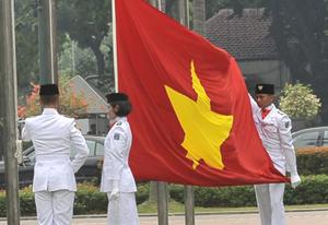 Lễ thượng cờ VN sáng 9-11 - Ảnh: S.H.
