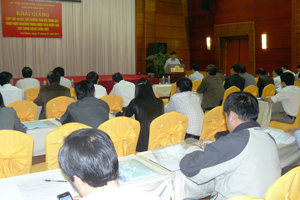 Đồng chí Nguyễn Văn Dũng, Phó Chủ tịch UBND tỉnh phát biểu tại lễ khai giảng lớp tập huấn.