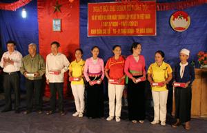 Khu dân cư tổ 15 biểu dương 9 gia đình văn hóa xuất sắc.