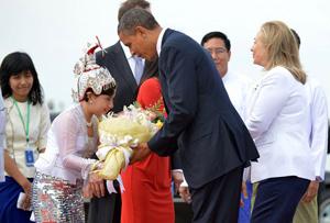 Tổng thống Obama được đón tiếp nồng nhiệt khi đặt chân tới Myanmar.