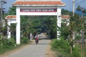 Xóm Đằm, xã Dân Chủ (TPHB) bị ngắt quãng danh hiệu làng văn hóa các năm 2005, 2006, 2007.