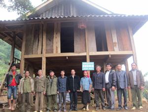 Lễ bàn giao nhà Mái ấm nông dân cho hộ ông Bùi Văn Trực.