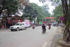 """Diễu hành hưởng ứng """"Tháng hành động Quốc gia Phòng chống HIV/AIDS"""