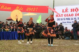 Lễ hội đầu xuân ở Tả Phìn - Sa Pa.