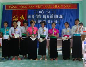 Các vấn đề phòng - chống bạo lực gia đình được Hội Phụ nữ xã Đồng Chum (Đà Bắc) thường xuyên đưa vào các buổi sinh hoạt, hội thi.