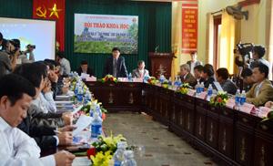 Đồng chí Nguyễn Văn Dũng, Phó Chủ tịch UBND tỉnh, Chủ tịch Hội đồng Khoa học tỉnh phát biểu tại hội thảo.