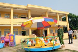 Chi trường mầm non xã Phú Lai (Yên Thủy)  được đầu tư xây dựng mới đáp ứng tiêu chuẩn NTM.