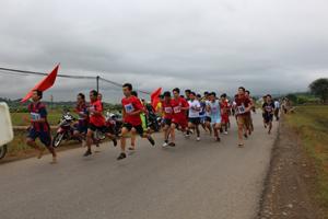 Các vận động viên tham gia nội dung nam chính.