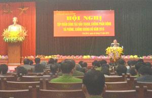 Toàn cảnh hội nghị tập huấn về công tác đấu tranh phòng, chống phản động và phòng, chống khủng bố.