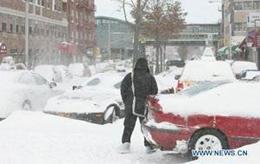 Tuyết bao trùm đường phố Niu York, Mỹ.