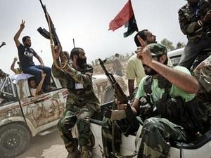 Các chiến binh nổi dậy ở Libya. (Nguồn: AFP)