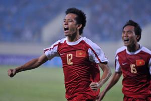 Văn Quyết nằm trong nhóm cầu thủ tiềm năng cho U22 Việt Nam nếu đội được thành lập vào năm tới. Ảnh: Hoàng Hà.