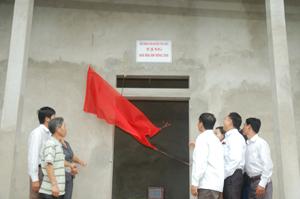 Khánh thành và bàn giao nhà Mái ấm nông dân cho hộ nghèo xã Bảo Hiệu.