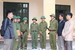 Ban huấn luyện và 6 học sinh THPT chuẩn bị đua tài cùng học sinh toàn quốc lần thứ nhất - năm 2013.