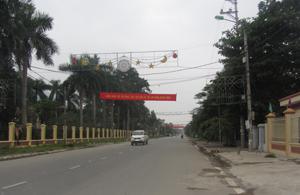 Dự án cải tạo, nâng cấp đường 12B đoạn qua huyện Kim Bôi được người dân ứng trước mặt bằng để nhà thầu thi công đảm bảo tiến độ đã được đưa vào sử dụng từ 2 năm qua.