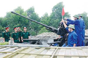 Phát huy truyền thống quân đội anh hùng, xây dựng nền QPTD ngày càng vững mạnh