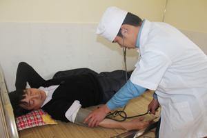 Cán bộ Trạm y tế xã Tòng Đậu (Mai Châu) được học tập,  nâng cao trình độ tay nghề để làm tốt công tác chăm sóc sức khỏe nhân dân. Ảnh: DL