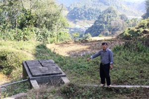 Bể chứa cung cấp nước cho người dân xóm Xà Lĩnh và trường PTDTNT THCB B huyện Mai Châu.