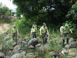 Lực lượng cán bộ kiểm lâm luôn bám sát địa bàn.