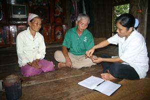 Hội chứng viêm đa dây thần kinh liên quan đến vitamin nhóm B (trước đây vẫn gọi là bệnh Tê tê, say say) tại huyện Lạc Sơn là vấn đề y tế cần được hỗ trợ hàng đầu trong năm 2011