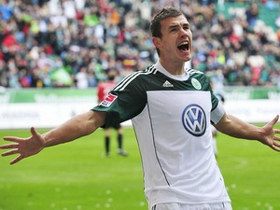 Edin Dzeko muốn đến Juventus