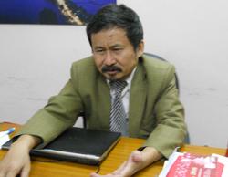 Tiến sĩ Phan Quốc Việt.