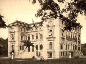 Phủ Toàn quyền Đông Dương xưa, nay là Phủ Chủ tịch. (Ảnh tư liệu)